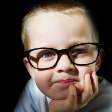 Child and optical glasses 208522